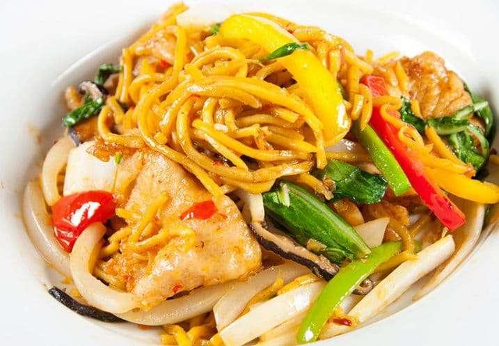 chicken egg noodle