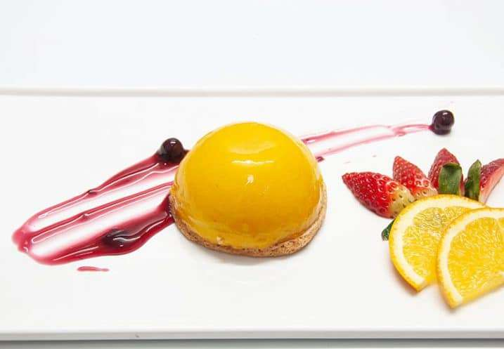dessert mango mousse