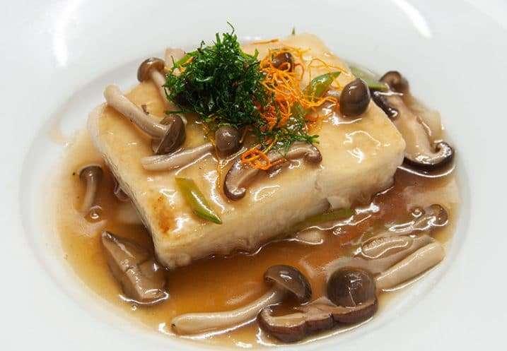 main tofu steak e mushrooms