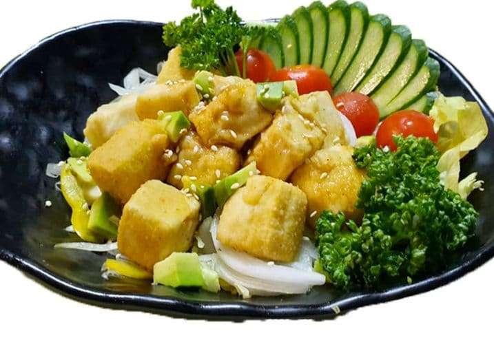 tofu e veg salad